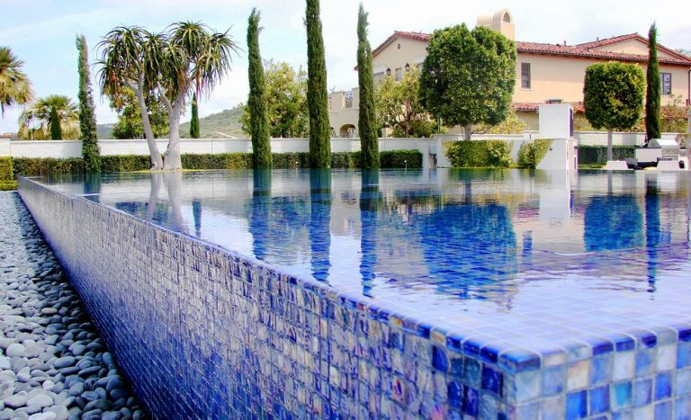 Pool-Solutions-Retiling-blue-glass